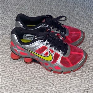 Nike shox turbo coral/charcoal/silver/chartreuse